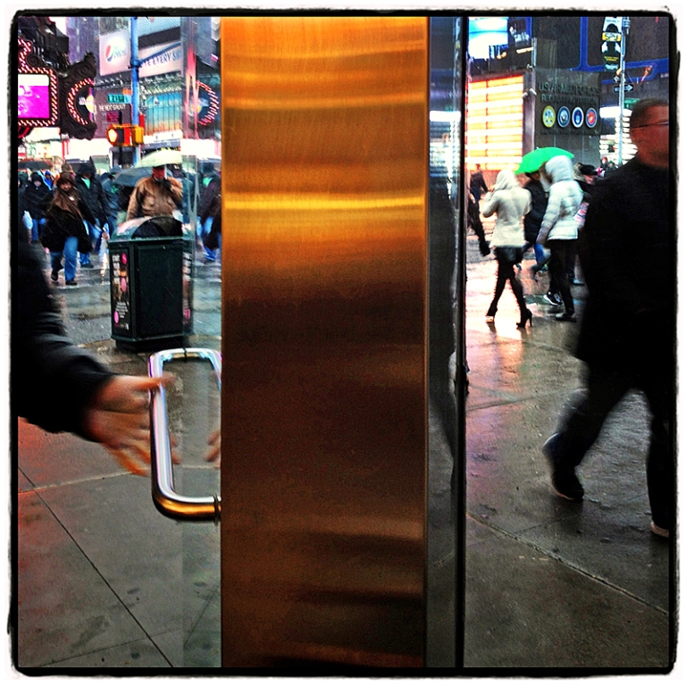 Times Square #5 Blog iDiarist