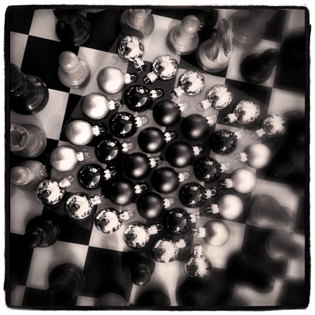 Chess & Xmas Balls Blog iDiarist