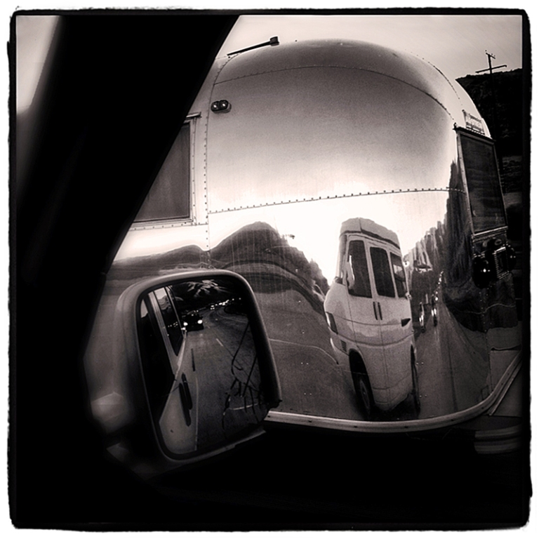 Passing Airstream on I-5 Blog iDiarist