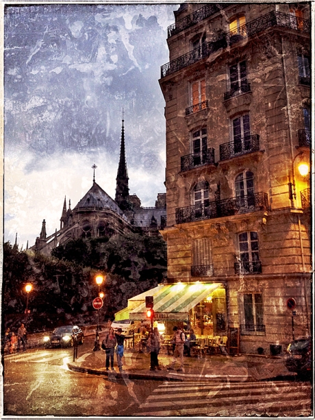 Cafe & Notre Dame Blog iDiarist