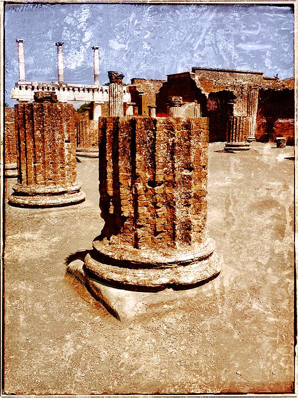 Forum at Pompei Blog iDiarist