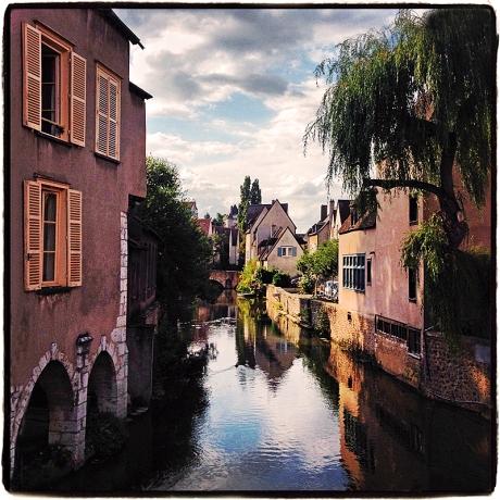 Versailles Canal Blog Master